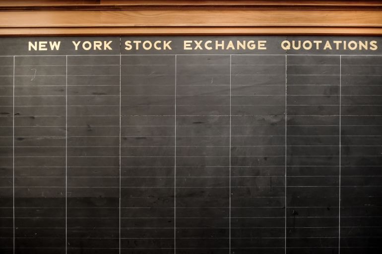 Stock exchange quotations board