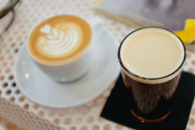 Nitro cold brew coffee and cafe latte